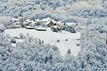 Picture of the french countryside in the snow around Musieges village